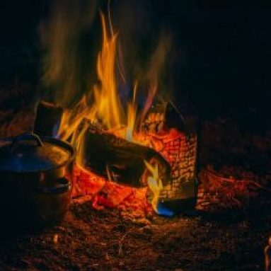 Best Pans for Cooking Over Campfire